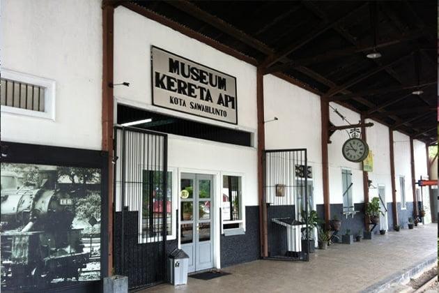 Museum Kereta Api Sawahlunto - Wisata Sawahlunto, Kota Warisan Dunia Unesco